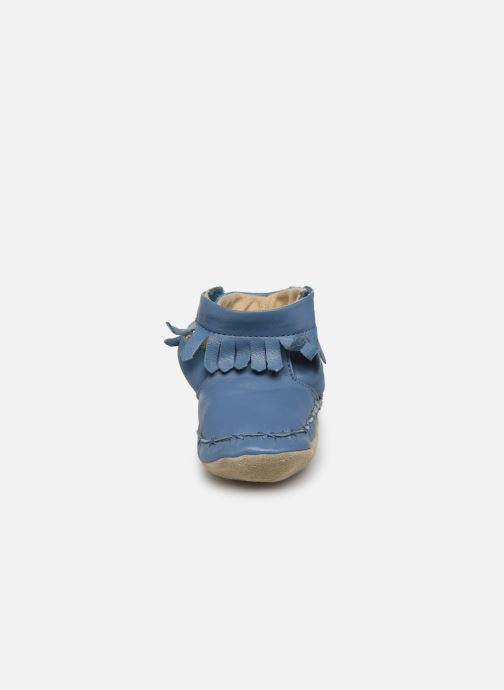 Pantofole Robeez Funky Shoe Azzurro modello indossato
