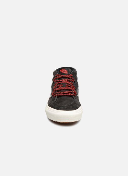 Sneaker Vans SK8-Mid Reissue Ghillie MTE grau schuhe getragen