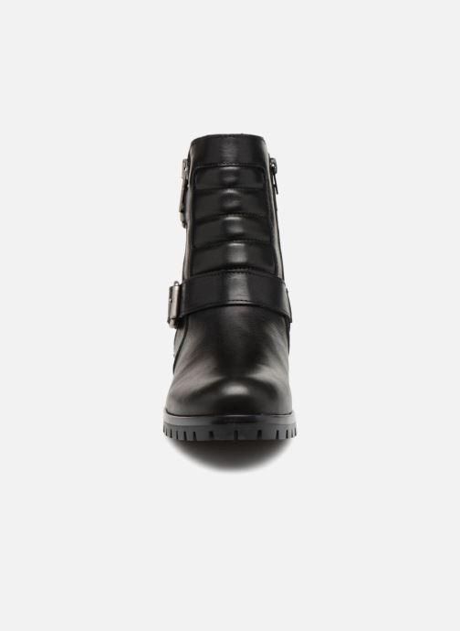 Bottines et boots Bullboxer 390506E6L Noir vue portées chaussures