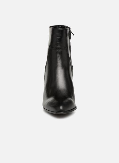 Bottines et boots Bullboxer 381500E6L Noir vue portées chaussures