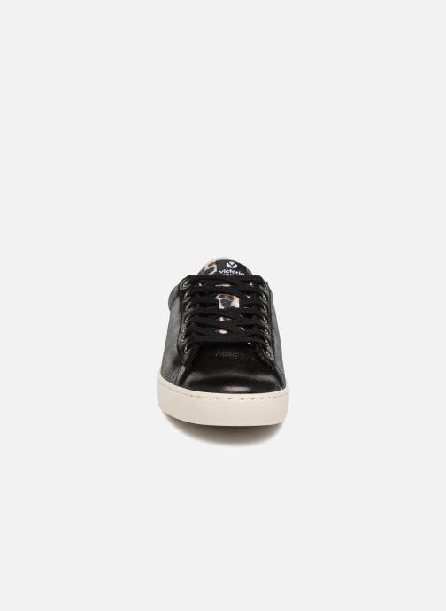 Sneakers Victoria Deportivo Brillo/Leopardo Nero modello indossato