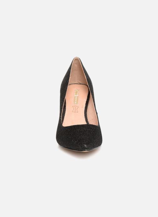 High heels Buffalo H733-C002A-4 Black model view