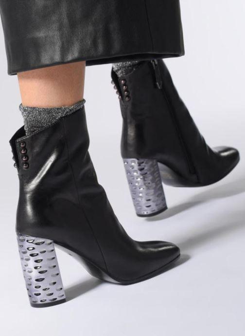 Bottines et boots Bruno Premi U1401G Noir vue bas / vue portée sac