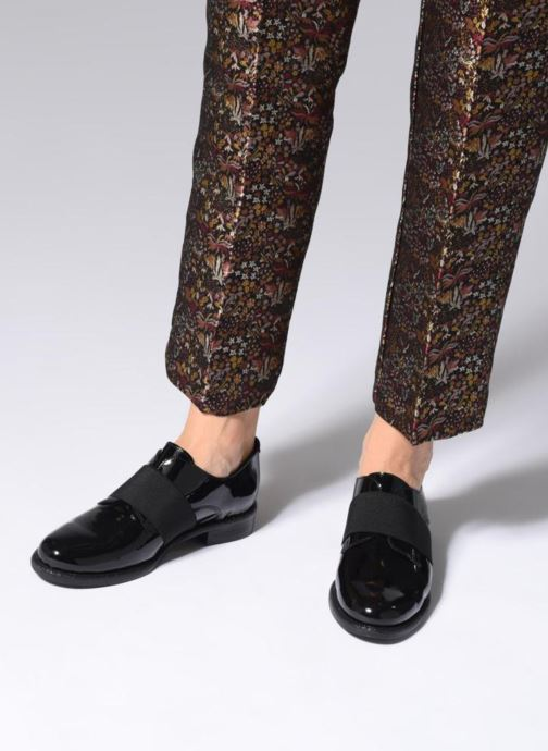 Schnürschuhe Made by SARENZA 80's Disco Girl Chaussures à Lacets #4 schwarz ansicht von unten / tasche getragen