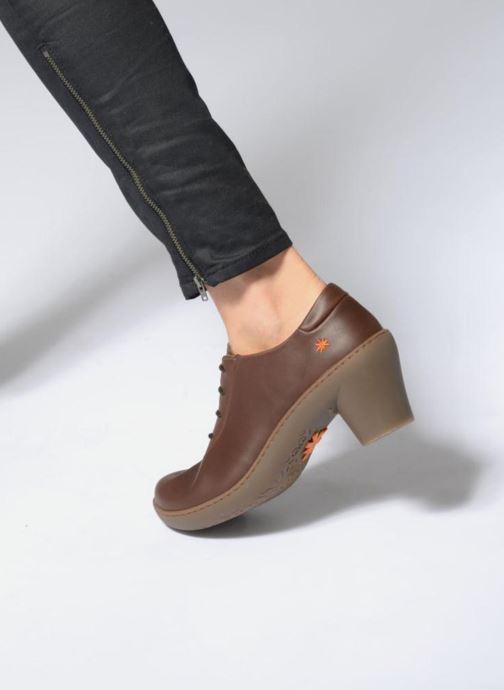 Chaussures à lacets Art ALFAMA 5 Marron vue bas / vue portée sac