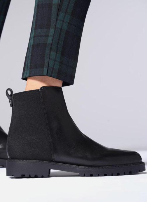 Bottines et boots Aldo DWELARIA Noir vue bas / vue portée sac