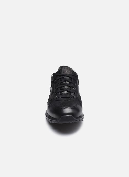 Baskets Mephisto Bradley Noir vue portées chaussures