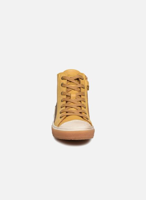 Baskets Bisgaard Hubert Jaune vue portées chaussures