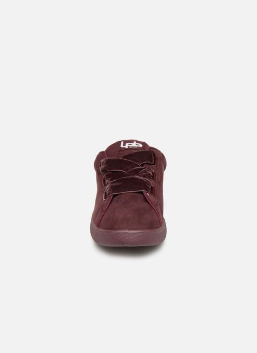Trainers Les P'tites Bombes ANEMONE Burgundy model view