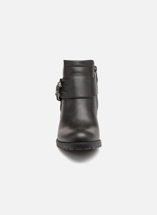 Bottines et boots Les P'tites Bombes LAURINE Noir vue portées chaussures