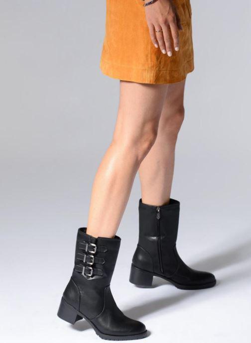 Stiefeletten & Boots Les P'tites Bombes LENA schwarz ansicht von unten / tasche getragen