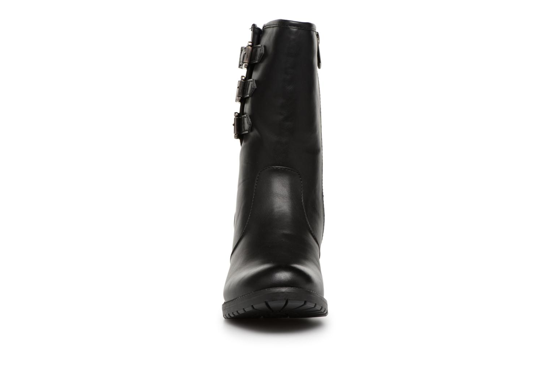 Bottines et boots Les P'tites Bombes LENA Noir vue portées chaussures