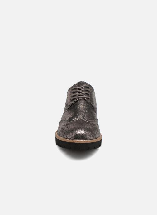 Chaussures à lacets Les P'tites Bombes GIOVANNA Argent vue portées chaussures