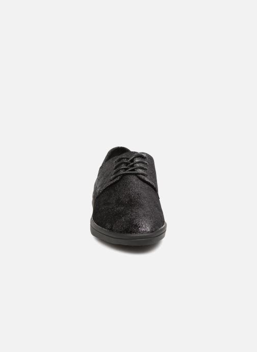Scarpe con lacci Les P'tites Bombes FLORENCE Nero modello indossato