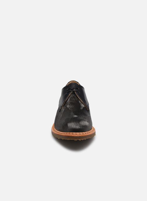 Scarpe con lacci Neosens CONCORD Grigio modello indossato