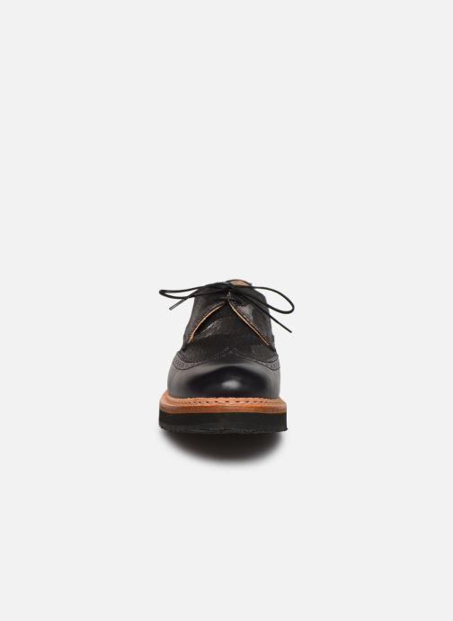 Zapatos con cordones Neosens SUMOLL Gris vista del modelo