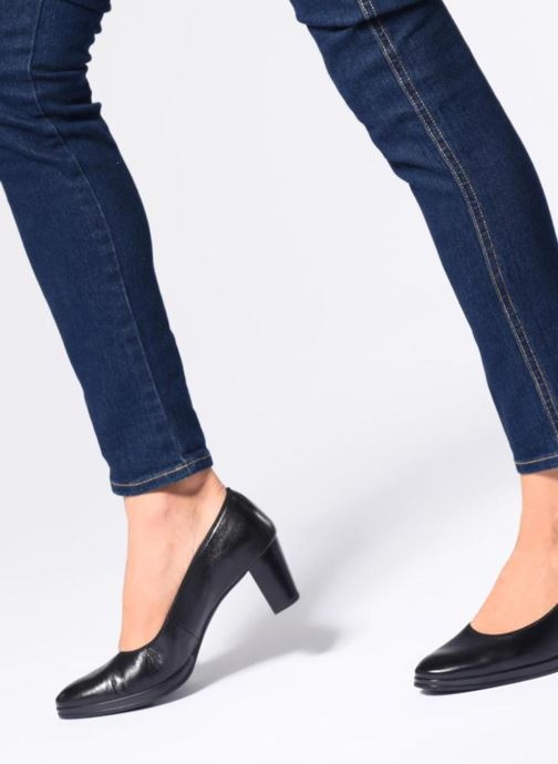 High heels Ara Orly 13436 Blue view from underneath / model view