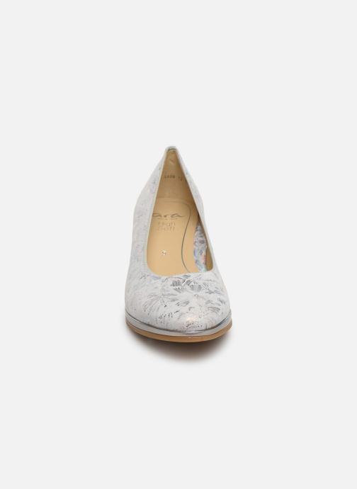 Escarpins Ara Orly 13436 Gris vue portées chaussures