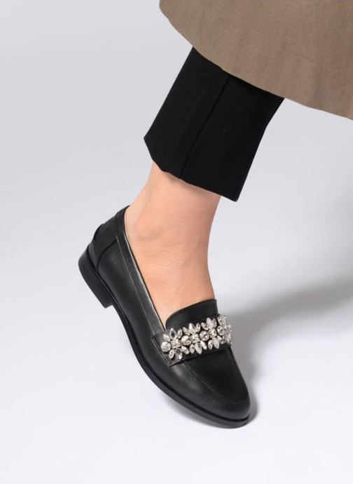 Loafers COSMOPARIS HILI OL Black view from underneath / model view