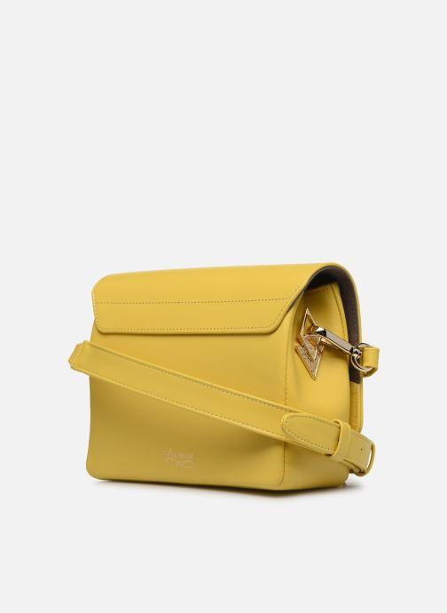 Handtaschen Louvreuse EUGENE gelb ansicht von rechts