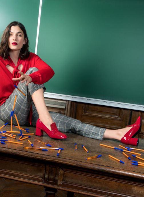 Mocassins Made by SARENZA Busy Girl Mocassin #3 Rouge vue bas / vue portée sac
