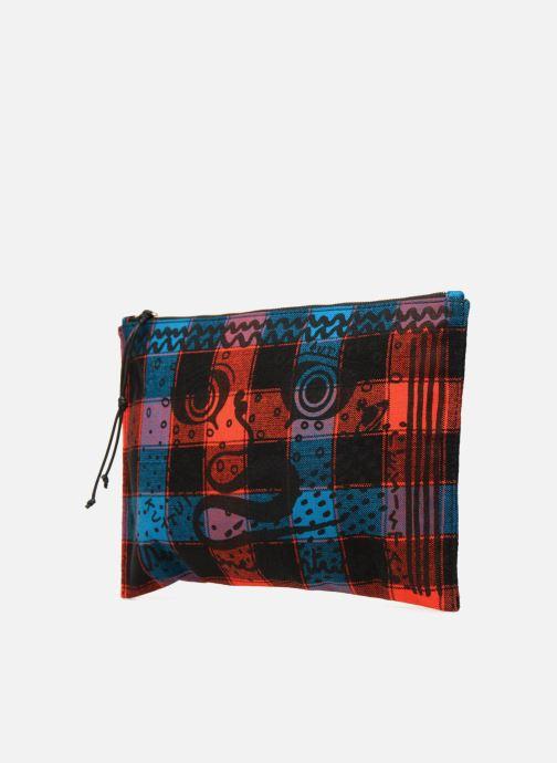Petite Maroquinerie Vivienne Westwood Maasai Shuka Pouch Multicolore vue portées chaussures