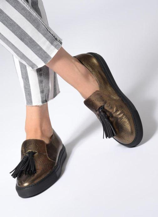 Slipper Fratelli Rossetti Fashion Sneaker gold/bronze ansicht von unten / tasche getragen