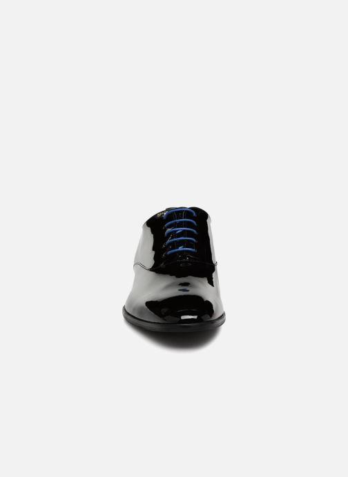 Scarpe con lacci Azzaro ROSINO Nero modello indossato