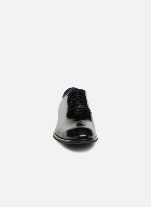 Zapatos con cordones Azzaro WAYER Negro vista del modelo