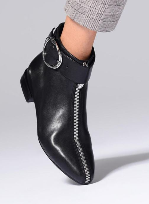 Ankle boots What For MOON 2 Black view from underneath / model view
