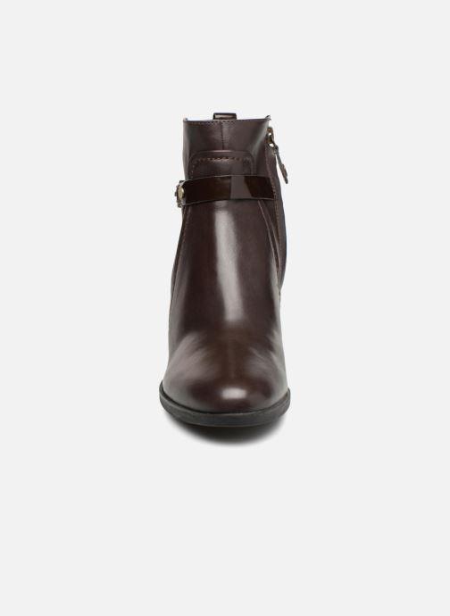 Bottines et boots Geox D GLYNNA B D843CB Marron vue portées chaussures