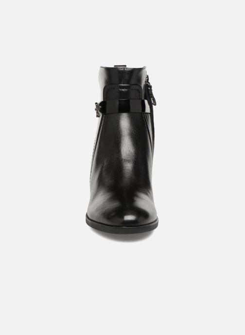 Boots en enkellaarsjes Geox D GLYNNA B D843CB Zwart model