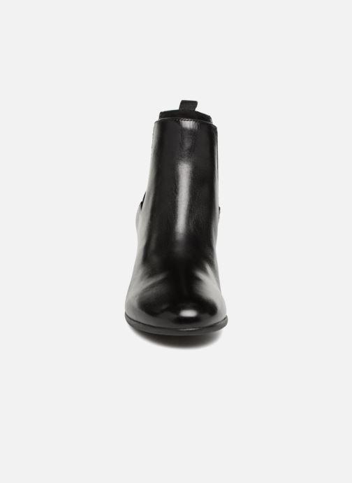 Bottines et boots Geox D NEW LUCINDA A D84AMA Noir vue portées chaussures
