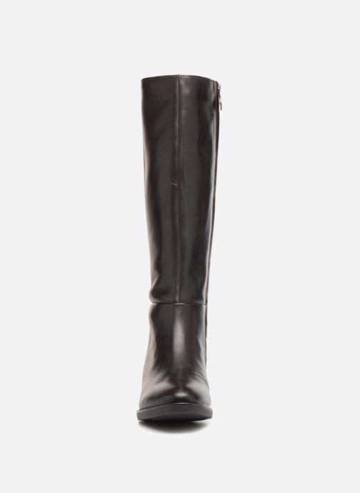Stiefel Geox D  FELICITY D D84G1D braun schuhe getragen