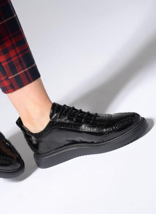 Chaussures à lacets Geox D THYMAR F D844BF Noir vue bas / vue portée sac