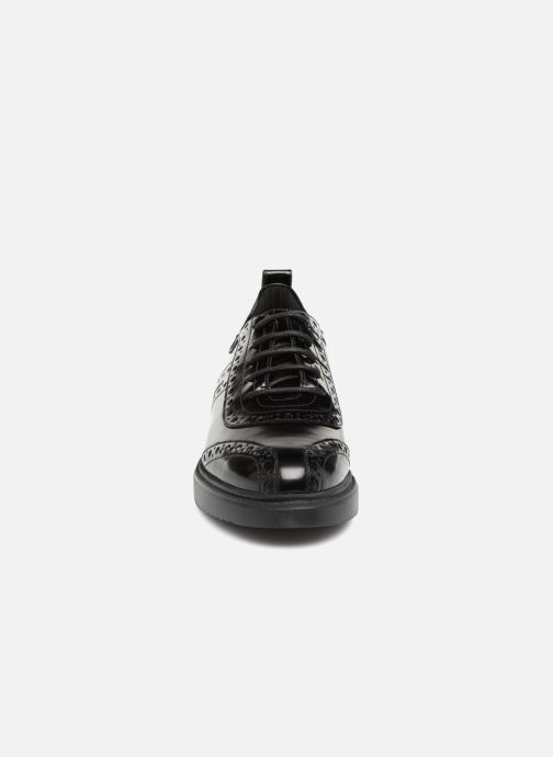 Zapatos con cordones Geox D THYMAR F D844BF Negro vista del modelo