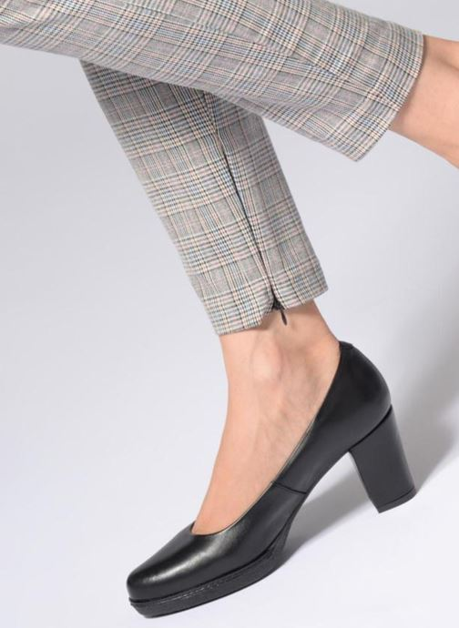 High heels Karston Axel Black view from underneath / model view