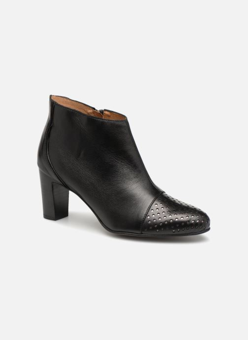 Ankle boots Karston Illi Black detailed view/ Pair view