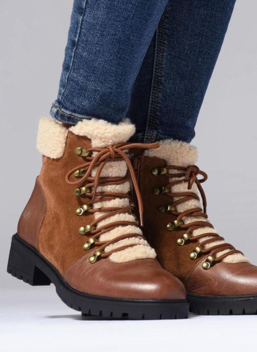 Bottines et boots Karston Ambre Marron vue bas / vue portée sac