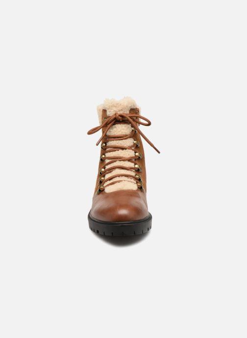 Bottines et boots Karston Ambre Marron vue portées chaussures
