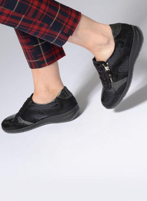 Sneakers Arima pour Elle Carole Zwart onder