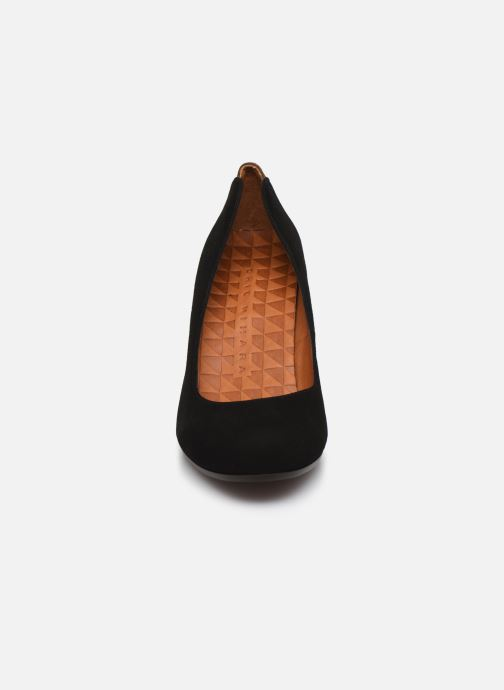 High heels Chie Mihara Key Black model view