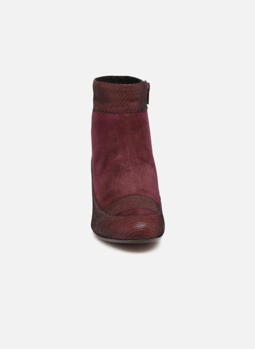 Bottines et boots Chie Mihara Mussol Bordeaux vue portées chaussures