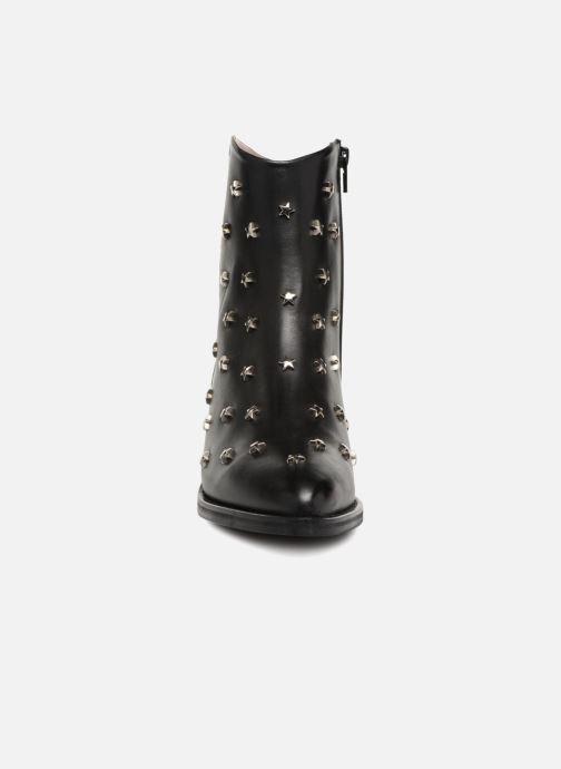 Boots en enkellaarsjes Jonak OCHO Zwart model