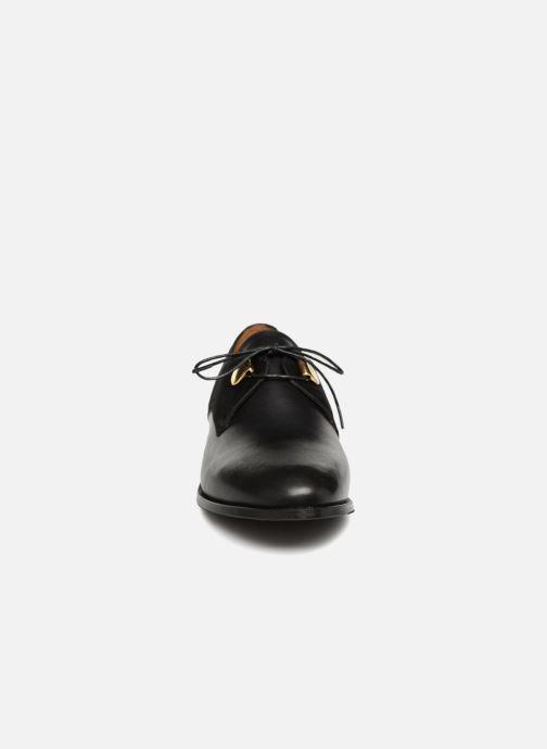 Zapatos con cordones Jonak DIVYO Negro vista del modelo