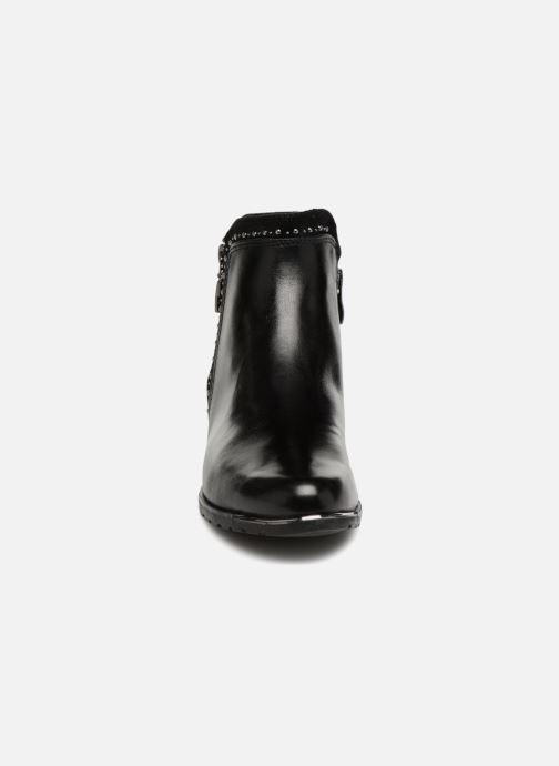 Bottines et boots Caprice Kaila Noir vue portées chaussures