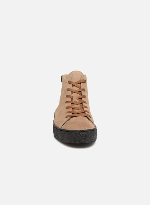 Baskets Armistice Dogs Mid Beige vue portées chaussures