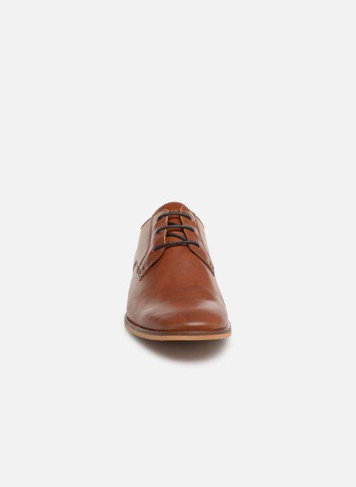Chaussures à lacets Schmoove Swan City Marron vue portées chaussures
