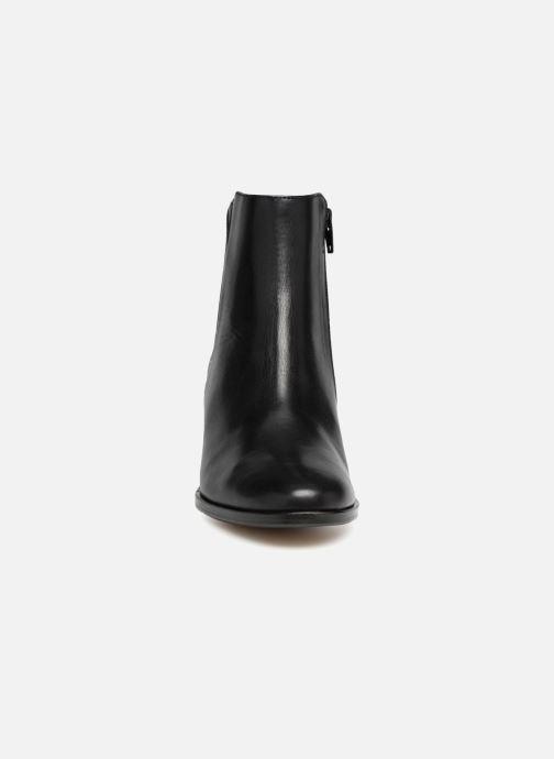 Bottines et boots Schmoove Woman Santana Boots Noir vue portées chaussures