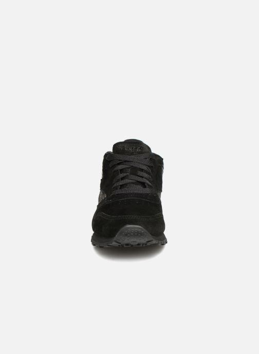 Baskets Reebok CL LTHR Noir vue portées chaussures
